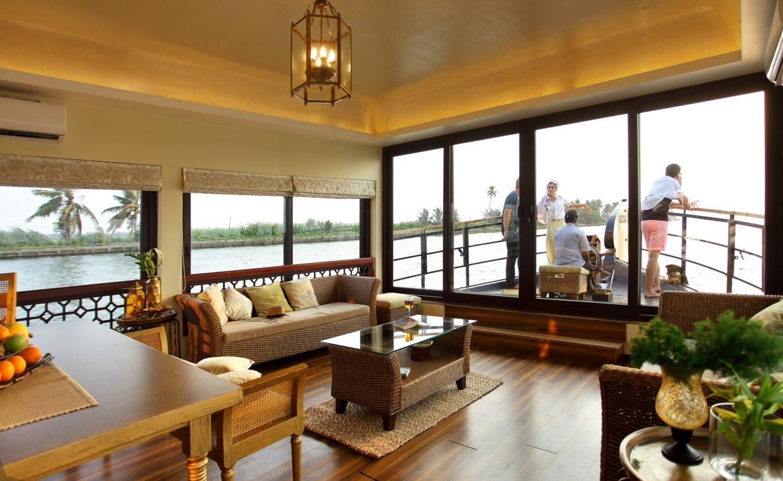 Ultra Luxury Houseboat Fennel