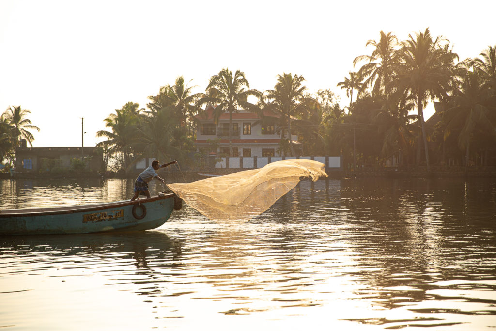 Alleppey Backwater Houseboat Tour with Fishing