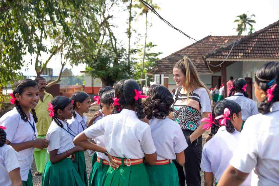 Kerala houseboat tour to visit schools in Alleppey