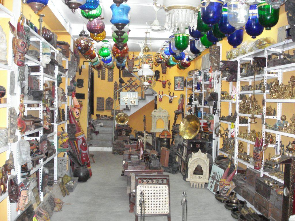 Antique shop in Jew Street, Mattancherry